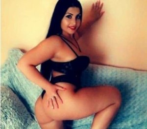 Aldjia virtual escorts Dixon CA