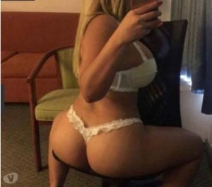 Chahinaze shemale escorts in Spennymoor, UK